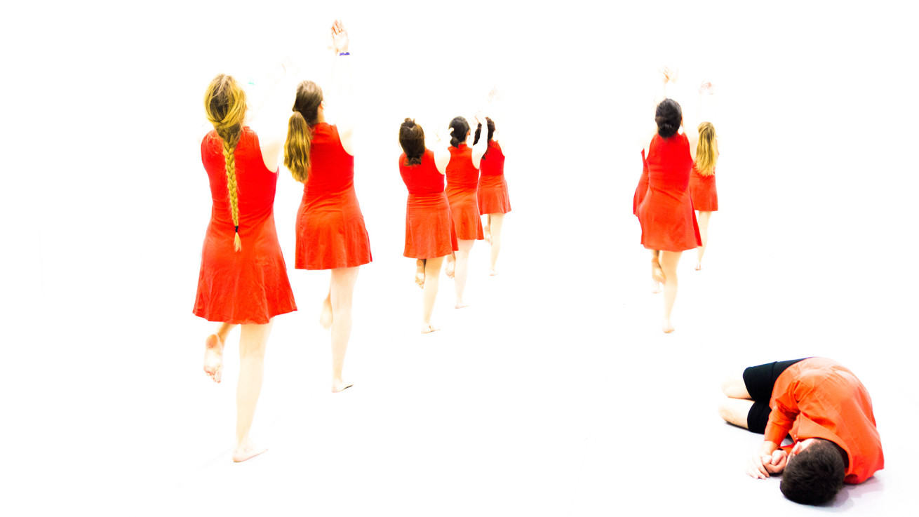dancers-in-the-light-1